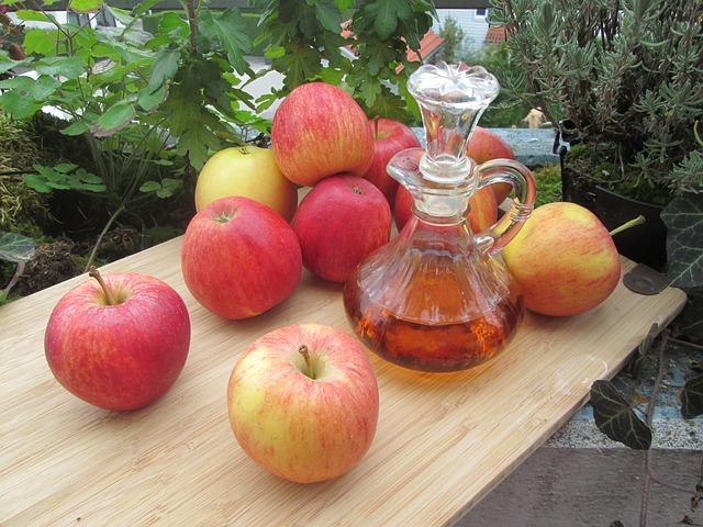 jableční ocet