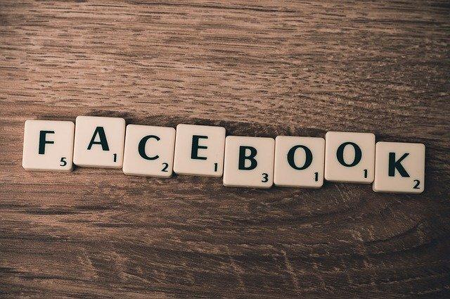 Facebook nadpis.jpg