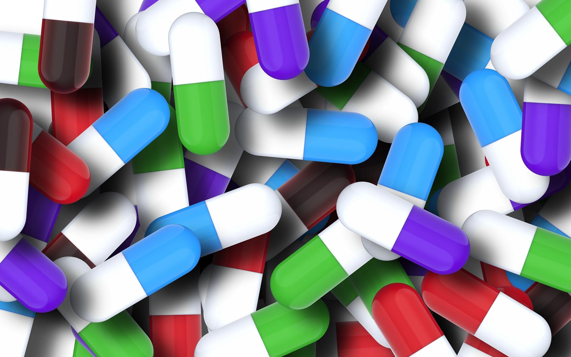 pills-1173653_1920